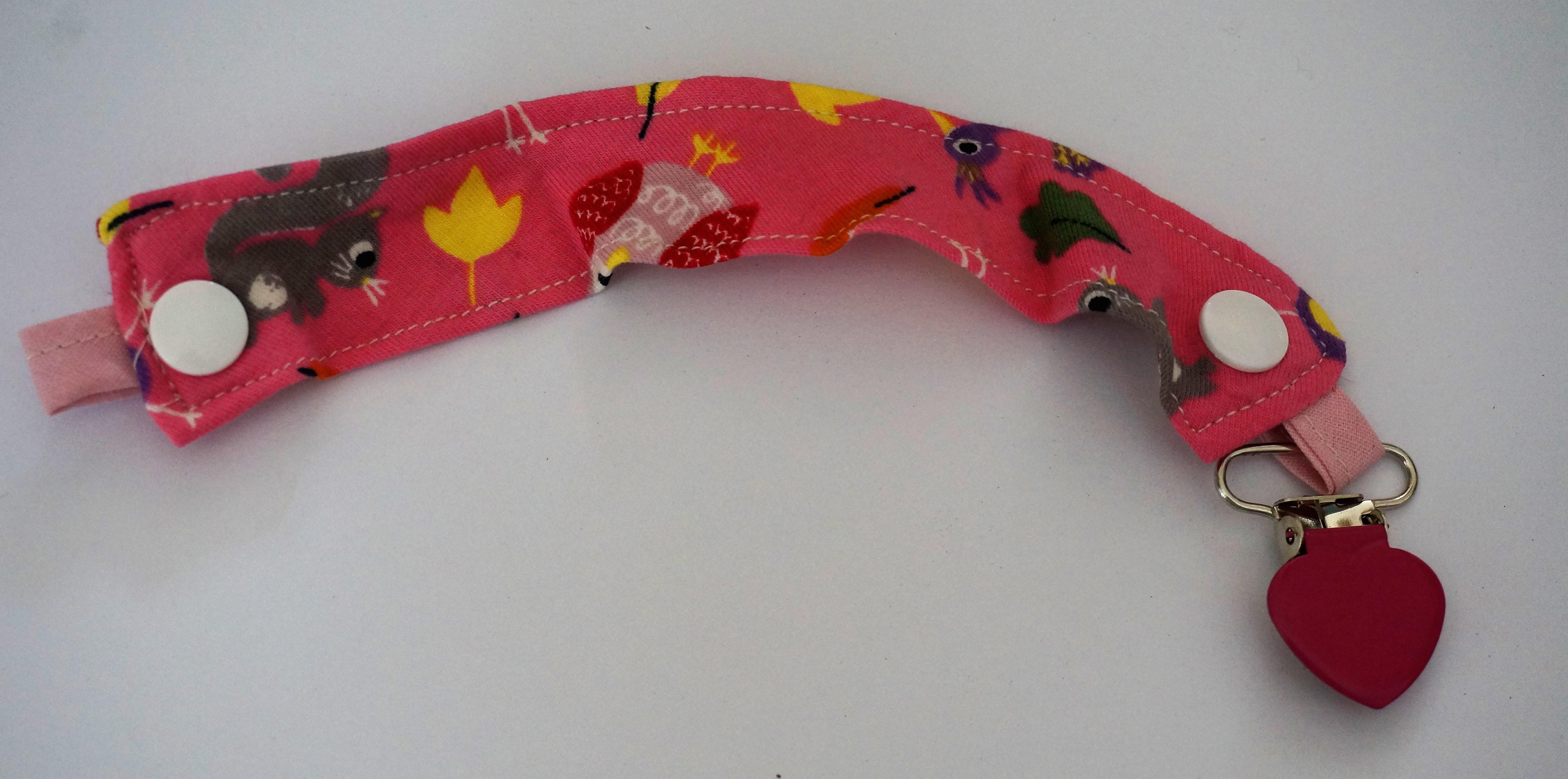 accroche sucette - accroche doudou (modèle fille) - la petite crevette